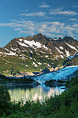 'Shoup Glacier spilling over the Chugach mountains into Shoup Bay, Shoup Bay State Marine Park, Prince William Sound; Valdez, Alaska, United States of America'