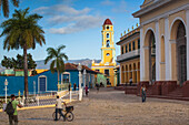 Plaza Mayor and Museo de la Lucha Contra Bandidos, former convent of San Francisco de Assisi, Trinidad, UNESCO World Heritage Site, Sancti Spiritus Province, Cuba, West Indies, Caribbean, Central America