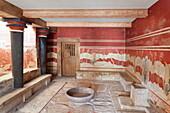 Room of the Throne, Palace of Knossos, Iraklion (Heraklion) (Iraklio), Crete, Greek Islands, Greece, Europe