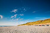 Strandkörbe, Rotes Kliff, Wenningstedt, Sylt, Nordfriesland, Schleswig-Holstein, Deutschland