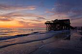 Saint Peter_Ording, Germany, Schleswig _ Holstein, North Sea, coast, sand beach, beach house, restaurant, evening mood, sundown