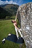 bouldering, bowldering, cliff, stone block, free climbing, sport, free climbing, climbing technology, man, climb, sport, Ferleiten, Pinzgau, Copying, Grossglockner, Austria