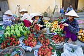 Vietnam, Asia, Far East, Hoi An, market, vegetables market, vegetables, salesclerk, trade, commerce, traveling, place of interest, landmark