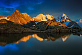Evening light, Alps, glowing, Alpenglow, afterglow, afterglow, view, Fuorcla Surlej, mountain, mountain lake, mountains, mountain massif, mountain lake, Biancograt, Engadin, Engadine, Fuorcla Surlej, mountains, glacier, Graubünden, Grisons, sky, fog, Ober
