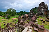 Phnom Bakheng, dating from the early 10th century, Angkor, UNESCO World Heritage Site, Cambodia, Indochina, Southeast Asia, Asia
