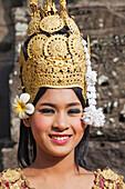 Asia, Cambodia, Siem Reap, Angkor, Angkor Wat, Angkor Thom, Bayon, Apsara, Apsara Dancer, Asian Woman, Asian Women, Cambodian Woman, Cambodian Women, Portrait, UNESCO, UNESCO World Heritage Sites, Tourism, Travel, Holiday, Vacation, Tourism,