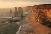 12 Apostles, Twelve Aspostels, Australia, Victoria, Port Campbell National park, Great Ocean Road, landscape, popular tourist attraction, limestone stacks, sunset, sea, ocean, rock formation, evening, south_eastern coast