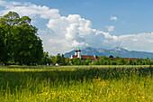 Benediktbeuern Abbey, Benedictine Order, 17th century, Benediktbeuern, mountains in the background, Herzogsstand, Bavarian foothills of the Alps, Landkreis Bad Toelz-Wolfratshausen, Upper Bavaria, Bavaria, Germany, Europe