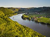 View from the Ferdinandswarte towards Oberloiben, Rossatz, Dürnstein, Danube, Wachau, Lower Austria, Austria