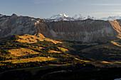 View from the Schrattenfluh towards Brienzergrat and the Bernese Alps with the summits of Wetterhorn, Schreckhorn, Lauteraarhorn, Finsteraarhorn, from left to right, Alpine foothills of Central Switzerland, Bernese Alps, cantons of Lucerne and Bern, Switz