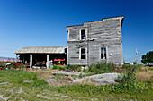 Hausruine auf verlassener Farm, Farmland, Provinz Quebec, Kanada