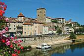 Europe, France, Lot, Cahors dock Regourd.