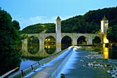 Europe, France, Lot, Cahors, Valentré bridge.