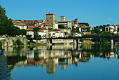 Europe, France, Lot, Cahors dock Champollion.