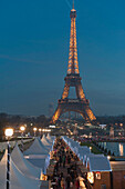 France. Paris 16th district. Christmas market in the gardens of the Trocadéro
