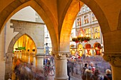 View through arches on Prinzipalmarkt, Munster, North Rhine-Westphalia, Germany, Europe