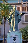 Ramon Llull Statue, Palma, Mallorca, Spain, Europe
