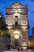 Facade of Santa Lucia alla Badia in the evening, Piazza Duomo, Ortygia, Syracuse, Sicily, Italy, Europe