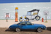 Mural painted by Servo on Auto Repair Shop, Holbrook City, Route 66, Arizona, United States of America, North America