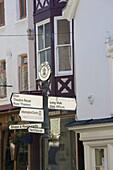 Sign post for Windsor Castle, Windsor, Berkshire, England, United Kingdom, Europe