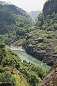 Bamboo river rafting at Tianyou Feng Heavenly Tour Peak in Mount Wuyi National Park, UNESCO World Heritage Site, Fujian Province, China, Asia