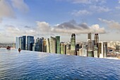 Sands SkyPark infinity swimming pool on the 57th floor of Marina Bay Sands Hotel, Marina Bay, Singapore, Southeast Asia, Asia