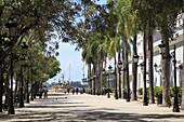 Paseo de la Princesa (Walkway of the Princess), Old San Juan, San Juan, Puerto Rico, West Indies, Caribbean, United States of America, Central America