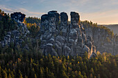 Wehlgrund valley with view to rock formations Gans and Lokomotive at sunset, Neurathen Castle, Bastei, Rathen, Elbe Sandstone Mountains, Saxon Switzerland, Saxony, Germany