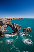 Green Bridge of Wales, Pembrokeshire Coast, Wales, United Kingdom, Europe