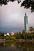 Thunderstorm, Taipei Financial Center, Taipei 101 skyscraper seen from Zhongshan Park in Taipeih, Taiwan, Republic of China, Asia