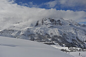 View from the Plaetzwiese to the High Gaisl, Nat. Parque Fanes, Sennes, Prags, Dolomites, South Tyrol, Italy