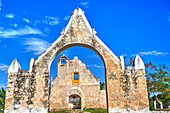 The Ruined Church of Pixila, completed in 1797, Cuauhtemoc, Yucatan, Mexico, North America