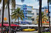 Art Deco hotels on Ocean Drive, South Beach, Maimi Beach, Florida, United States of America, North America