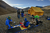 Breakfast in the High Camp on the way from Nar over Teri Tal to Mustang, Nepal, Himalaya, Asia