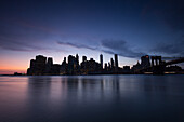 Skyline of Downtown, new World Trade Center, East River,  Manhattan, New York, USA