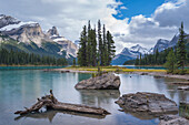 Spirit Island on Maligne Lake, Jasper National Park, Canadian Rockies, UNESCO World Heritage Site, Alberta, Canada, North America