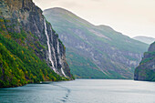 Seven Sisters Waterfall, named for the seven separate streams that comprise it, Geirangerfjord, UNESCO World Heritage Site, Norway, Scandinavia, Europe