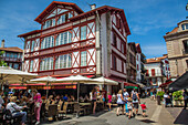 louis xiv square, terrace of the cafe le majestic, saint jean de luz, (64) pyrenees-atlantiques, aquitaine