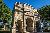 roman triumphal arch erected in the 1st century bc, listed as a world heritage site by unesco, orange, vaucluse (84), paca, provence alpes cote d'azur, france