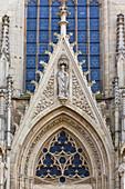 Portal, Saint Ludgerus cathedral in Billerbeck, neo-Gothic Catholic pilgrimage church, diocese Münster, Billerbeck, North Rhine-Westphalia, Germany
