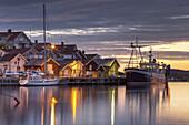 Swedish cottages by the North Sea, Island Skaftö, Bohuslän, Västergötland, Götaland, South Sweden, Sweden, Scandinavia, Northern Europe, Europe
