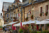 Walk through the old city of Malestroit, River Oust and, Canal de Nantes à Brest, Departement Morbihan, Brittany, France, Europe