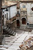 The narrow alleyways in the village of Castel del Monte