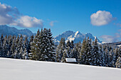 View from the Buckelwiesen near Kruen to Wetterstein range andZugspitz range with Alpspitze, Zugspitze and Waxenstein, Bavaria, Germany