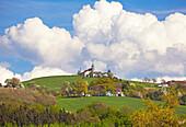 Ländliche Idylle bei Grein , Kollmitzberg , Donau , Strudengau , Bundesland Niederösterreich , Österreich , Europa