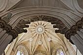 'Ceiling in ''Capela do Fundador'', masterpiece of gothic architecture, Monastery of Santa Maria de Vitoria, aka Batalha monastery (14th - 16th century), World Heritage of UNESCO, Batalha, Leiria, Portugal, Europe.'