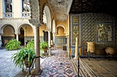 The Lebrija Palace or el Palacio de la Condesa de Lebrija can be found in one of Seville city centre's busiest streets, Calle Cuna, parallel to the Calle Sierpes. Dating from the 16th century, it is considered one of the best residences in Seville. The pa