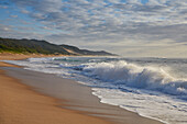 Waves and surf at the Indian Ocean in iSimangaliso-Wetland Park, South Africa, Africa