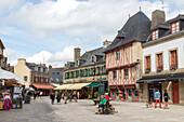 Altstadt Concarneau, Marktplatz, Tourismus, Festungsinsel, Finistère, Bretagne, Frankreich