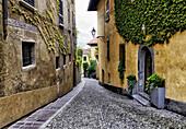 street scene, Menaggio, province Como, Lombardy, northern Italy, western shore of Lake Como.